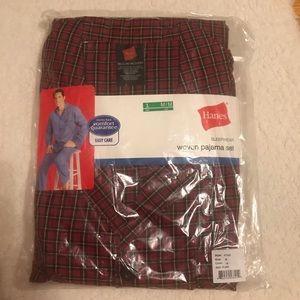 Hanes Men's pajama set red plaid brand new